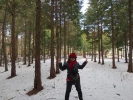 まだまだ、森の中の雪は溶けません。サムー!