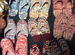 長野小谷村から、スリッパ型綿草履。