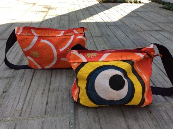 裏は、鯉のぼりの目ん玉。勿論リバーシブルです。 あなたはどちらを持ちますか?