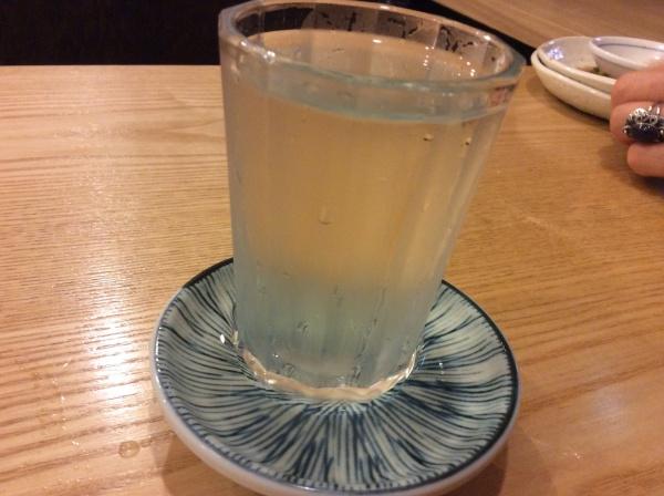 日本人はやっぱり日本酒だね。