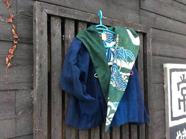 リバーシブル。 夜着筒描き、緑藍。 浅黄無地藍と合わせて。