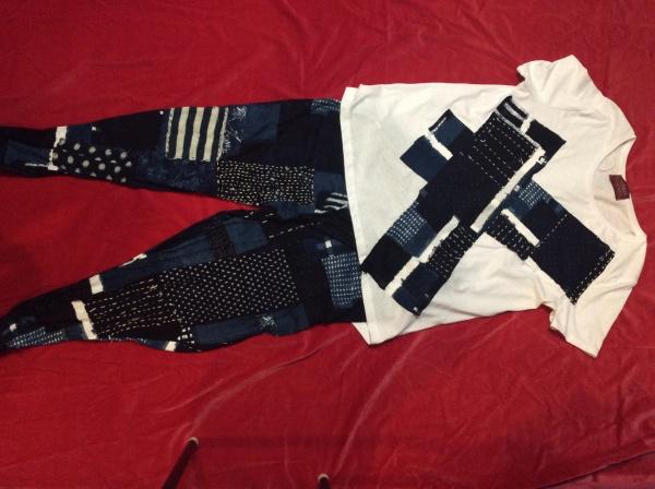 襤褸カットソーT   シャツとパンツ。