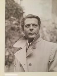 マストロヤンニの肖像展も6月17日迄、イタリア文化会館で開催中。