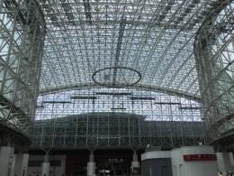 金沢駅。私はすっかりお上りさん。