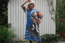 浦島太郎。 祝い節句旗。亀の上に太郎が乗っています。