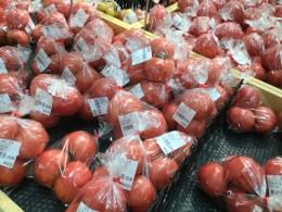 トマト硬くて美味しい。