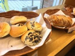 伊勢原のパン屋スワンさん。 障害者の方たちが、作っています。 とっても皆さん感じが良い。心きれいな方たちが作っているんだなと伝わってくる、美味しいパン屋さん。