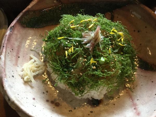 ランチは常滑やさんのちらし寿司。