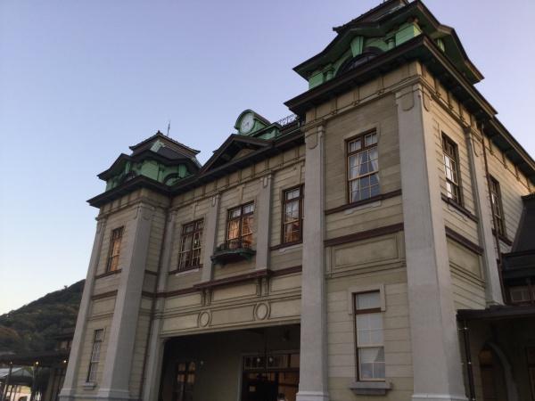 修復が終わった門司港駅