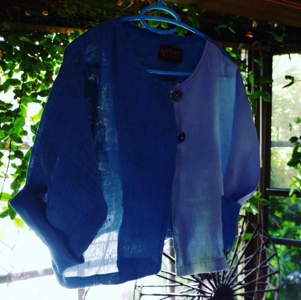 麻のボレロが出来ました。 上布は麻の一番上質な繊維。 日本の高温多湿の気候に合った織物です。